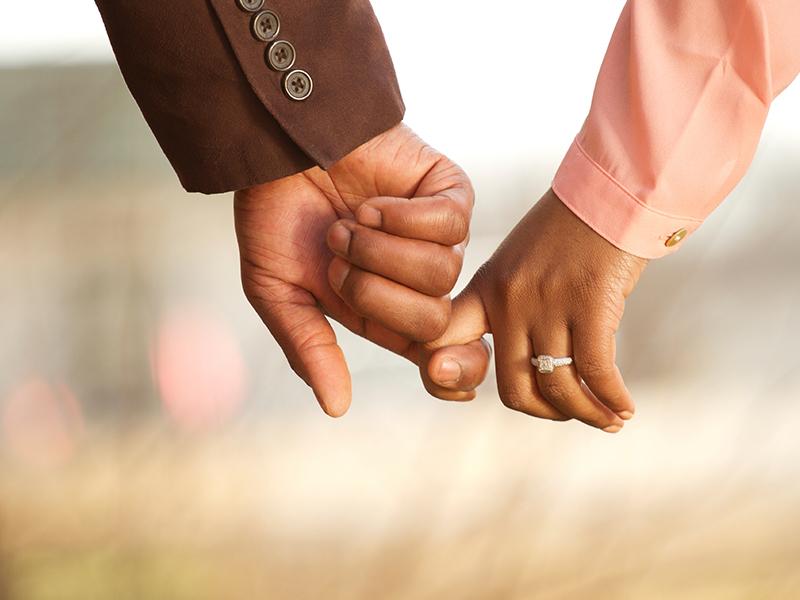3caaf95500033 二人の結婚の意思が固まったら、その約束を正式なものにするためにも、結納もしくは両家顔合わせ(食事会)をすることをおすすめします。